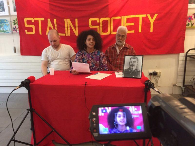 Заседание британского «Общества Сталина», наши дни.